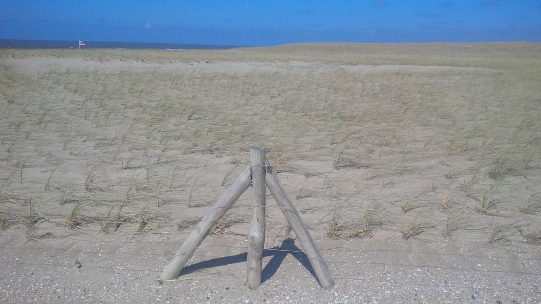 Hekwerk-kust-Camperduin