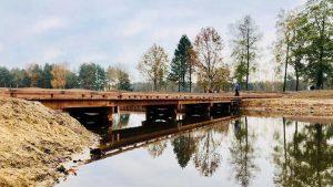 Realisatie brug op golfbaan de Wouwse Plantage
